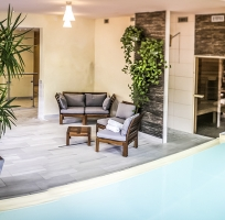 piscine-interieure-neyrette