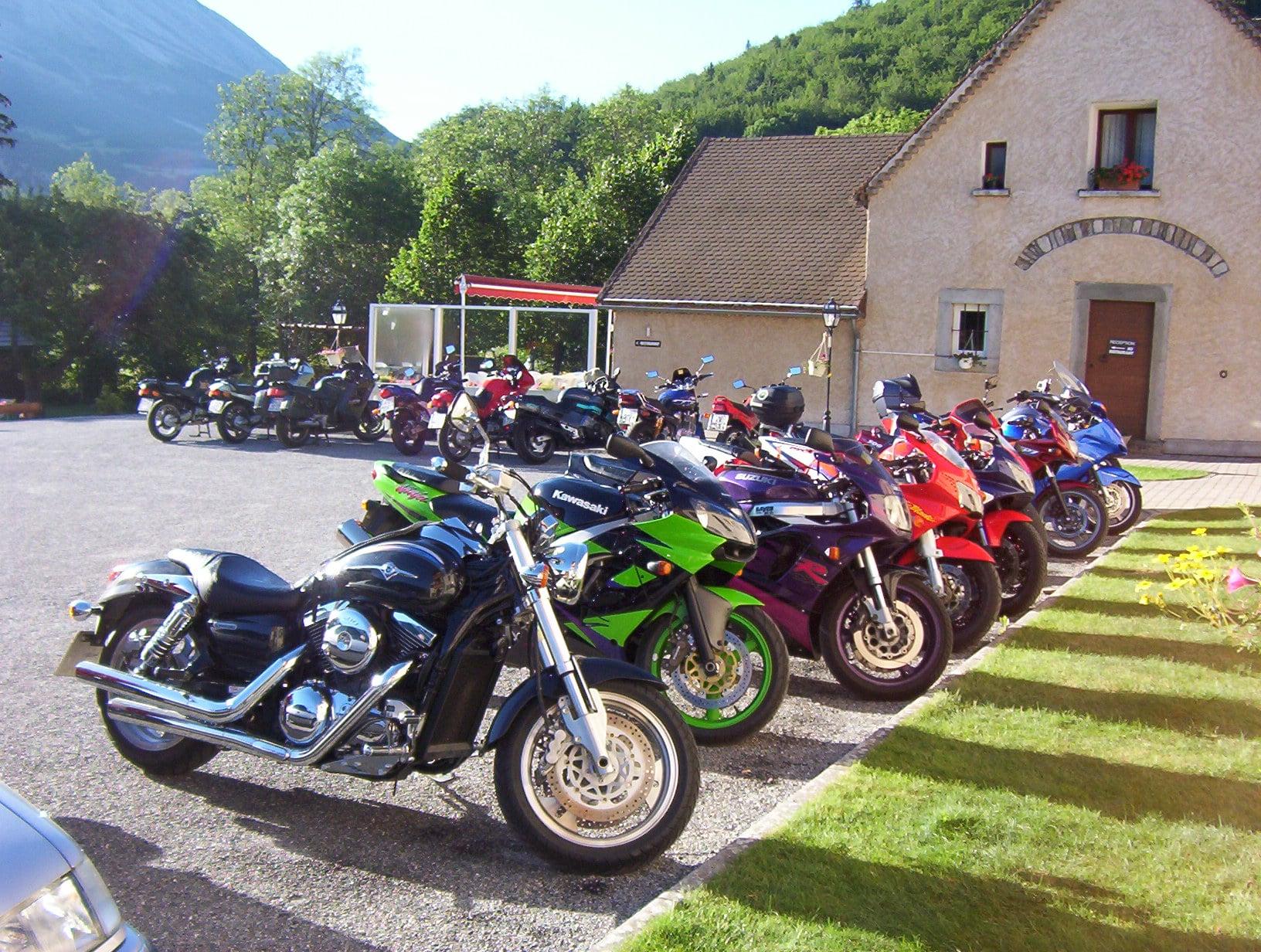 Rssemblement motards parking